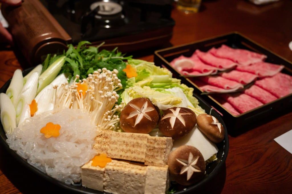 Cena en el ryokan Tomoe-an