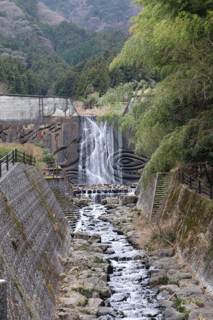 La cascada en Toon