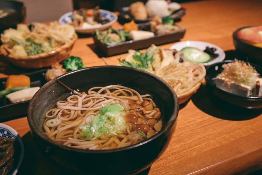 Comida tradicional japonesa, Soba y tofu
