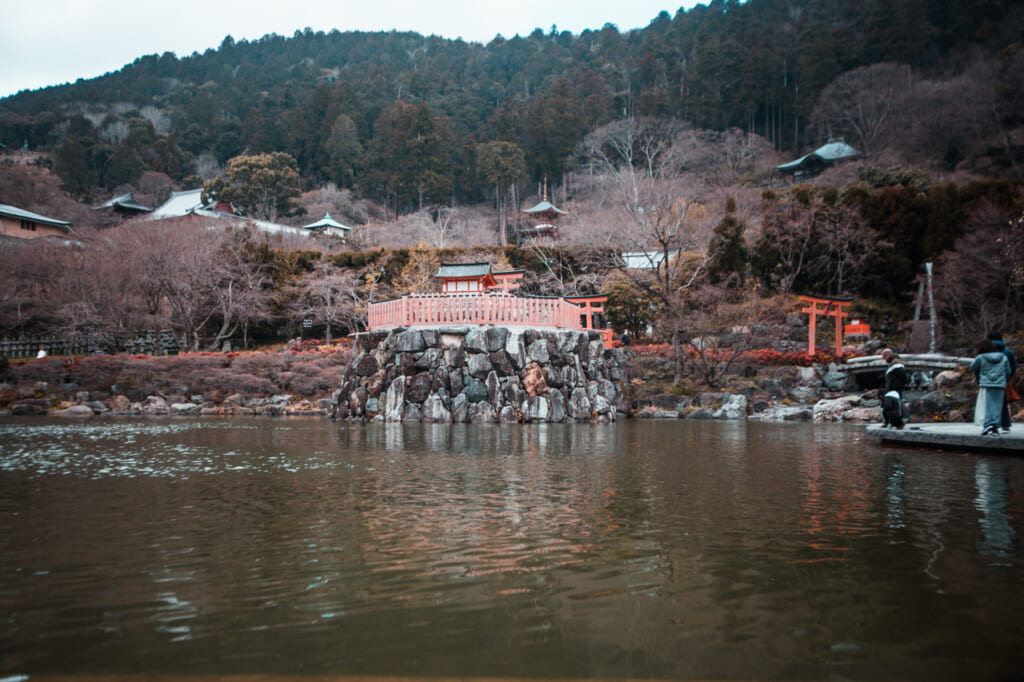 Vista general del templo Katsuo ji