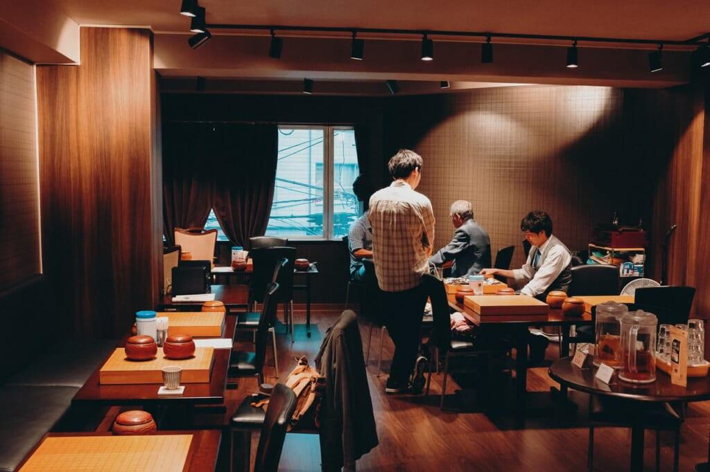 Una sala de Go para jugar en Tokio
