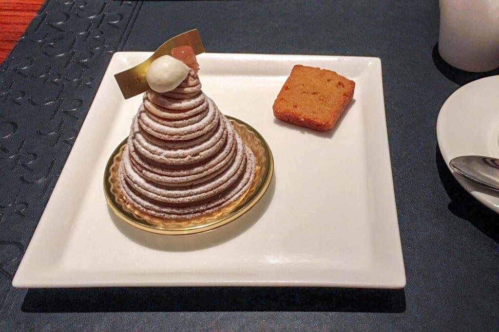 El pastel Montblanc con su peculiar montaña de crema de castaña