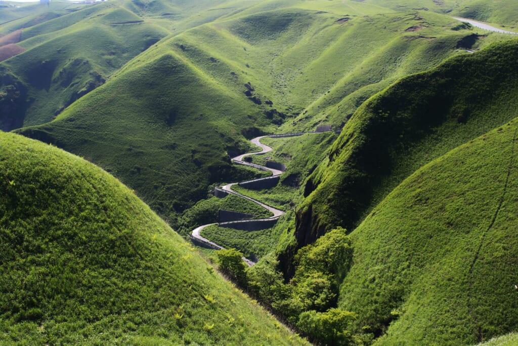 Un valle japonés provocado por los movimientos de la tierra a lo largo de los años