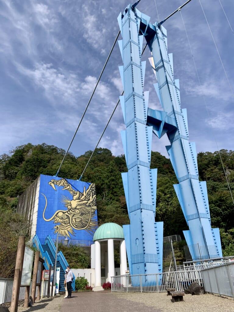 El dragón del Puente Ryujin