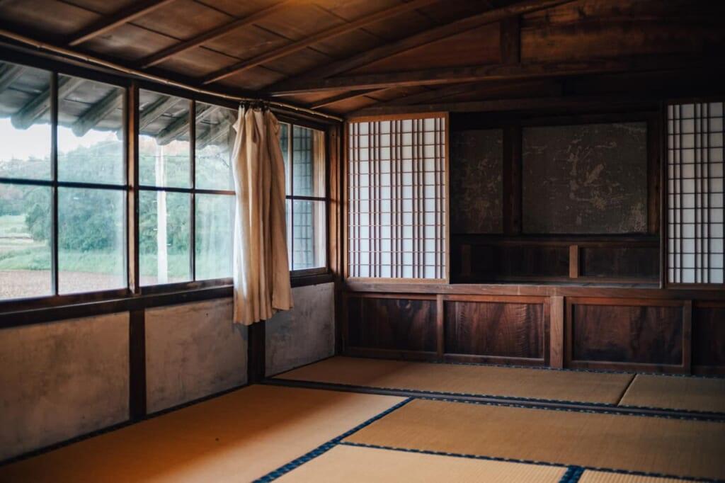 Una habitación con tatami en Yanoya