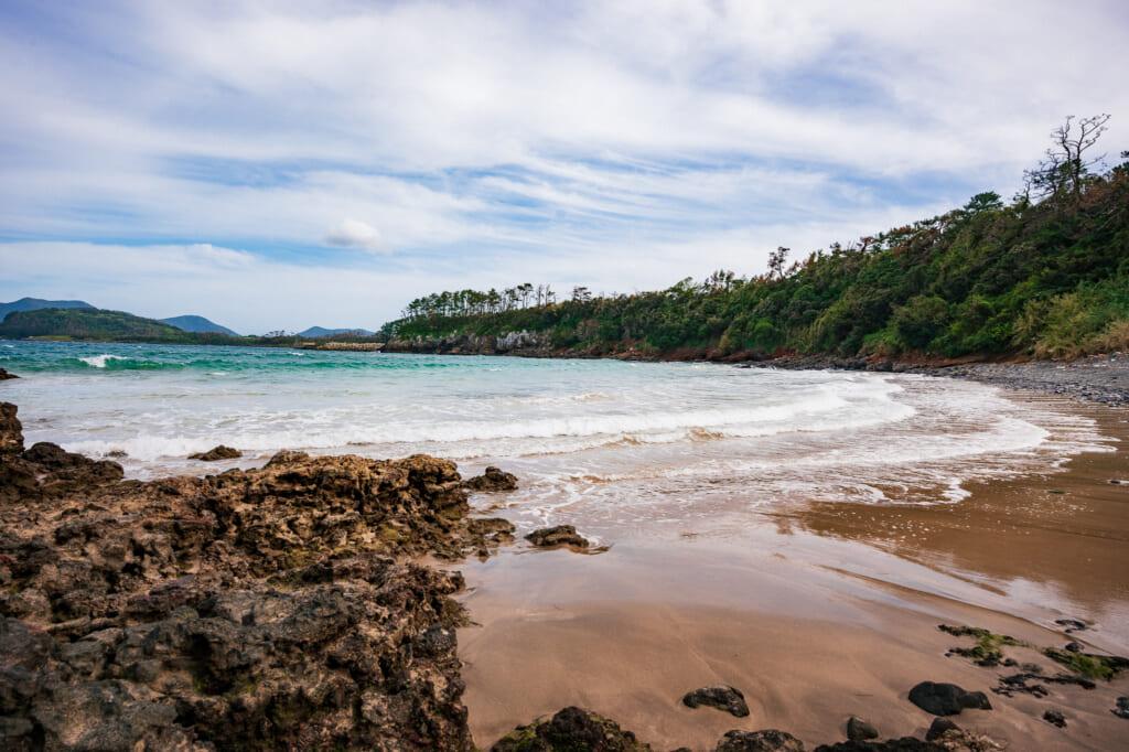 La playa de Kakinohama en la isla de Ojika