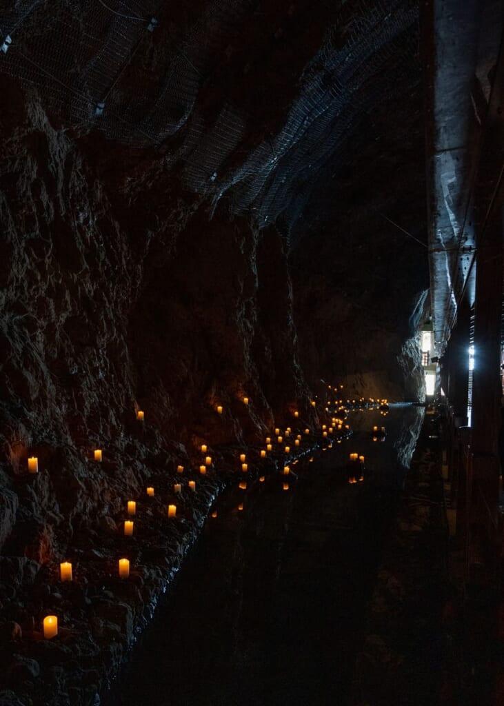 Gran cueva que alberga misterios antiguos