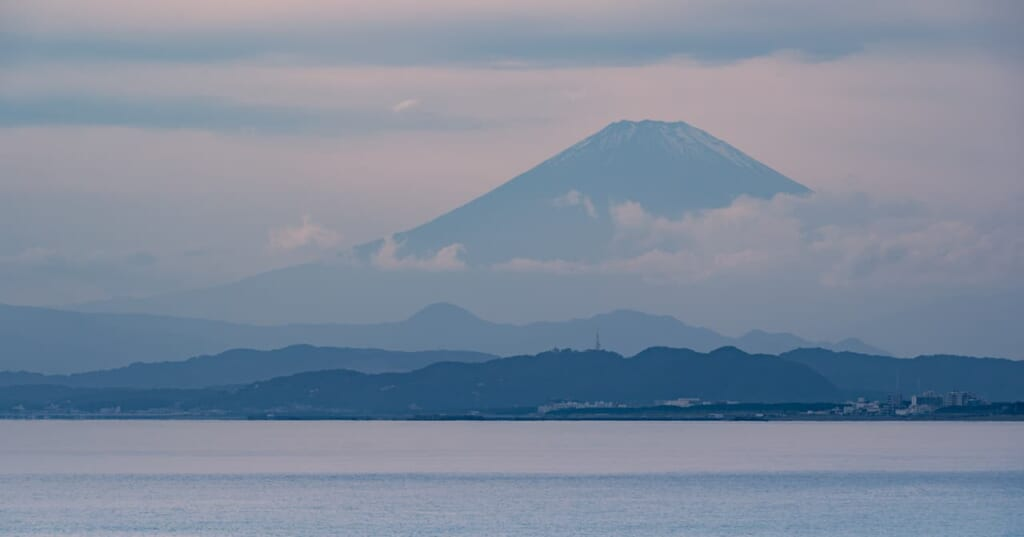 Monte Fuji desde la isla de Enoshima