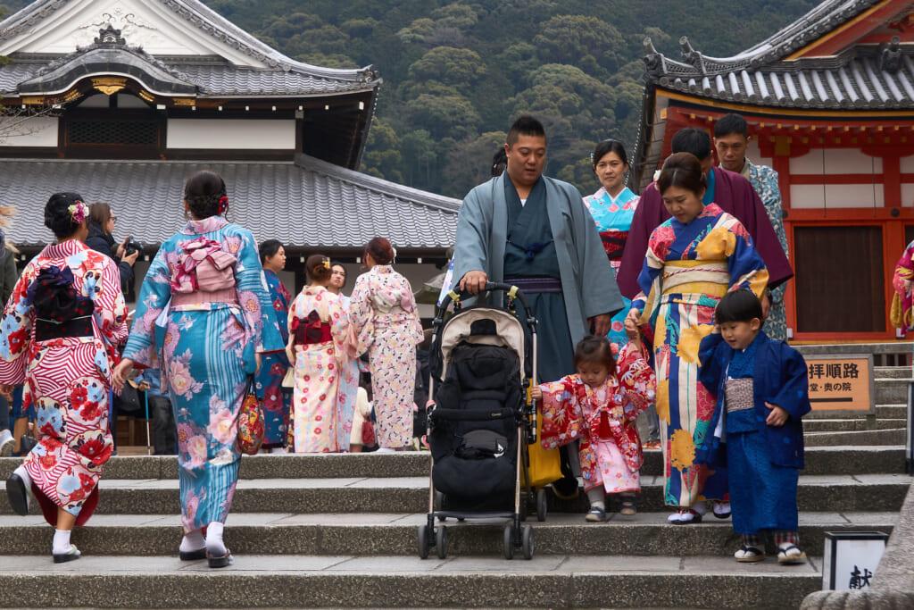 La muerte en Japón une a las familias a lo largo de sus vidas