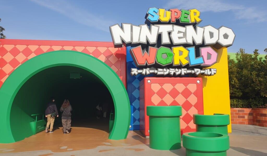La entrada al Super Nintendo World en Universal Studios Japan
