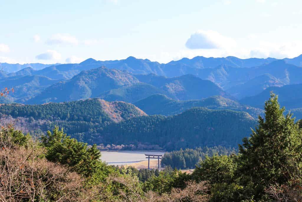 Las montañas con caminos ondulantes del Kumano Kodo