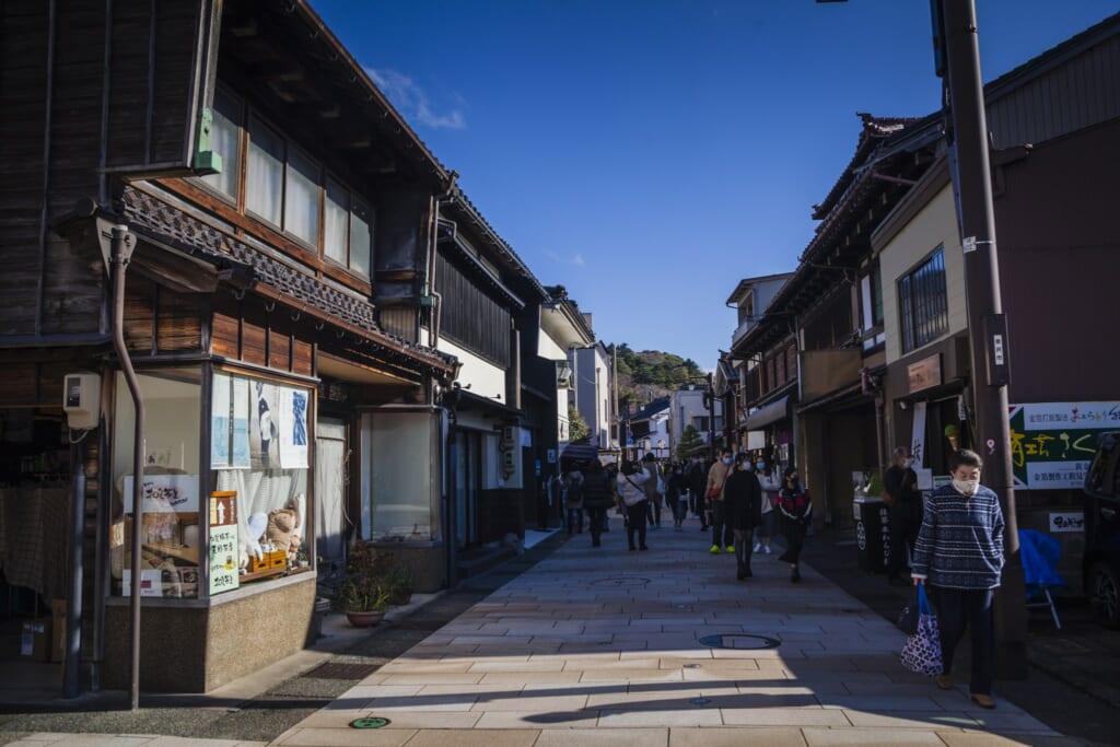 el barrio tradicional de higashi chayagai