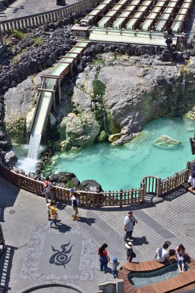Una de las vistas más conocidas de Kusatsu Onsen