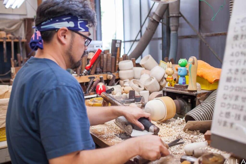 Un taller de kokeshi en Gunma