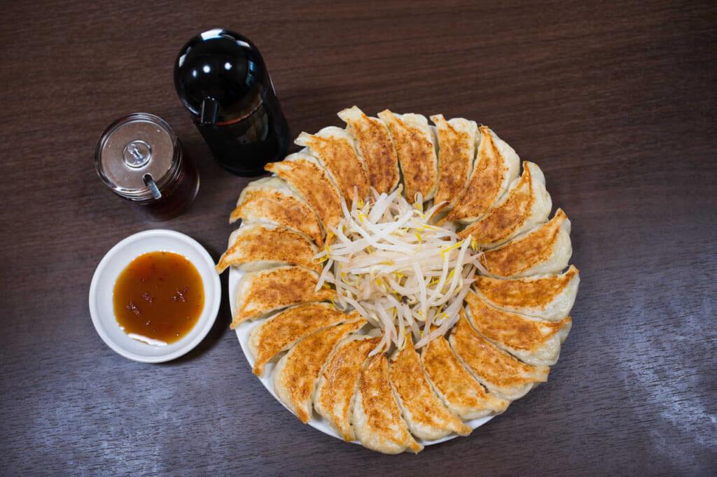 Prueba una de las mejores gyozas de Japón en Ishimatsu Gyoza