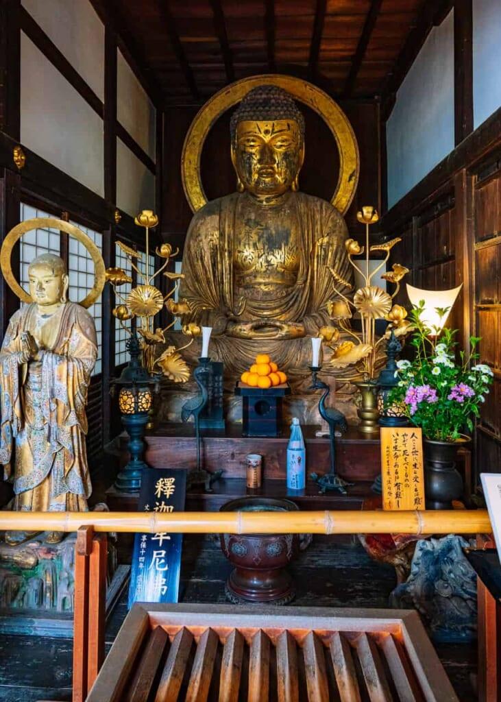 Un buda en el templo Ryotan-ji