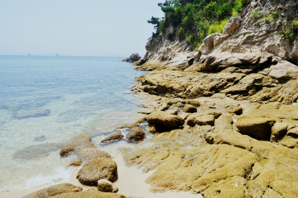 Las playas de matsuyama no tienen muchos turistas y son perfectas para estar solo.
