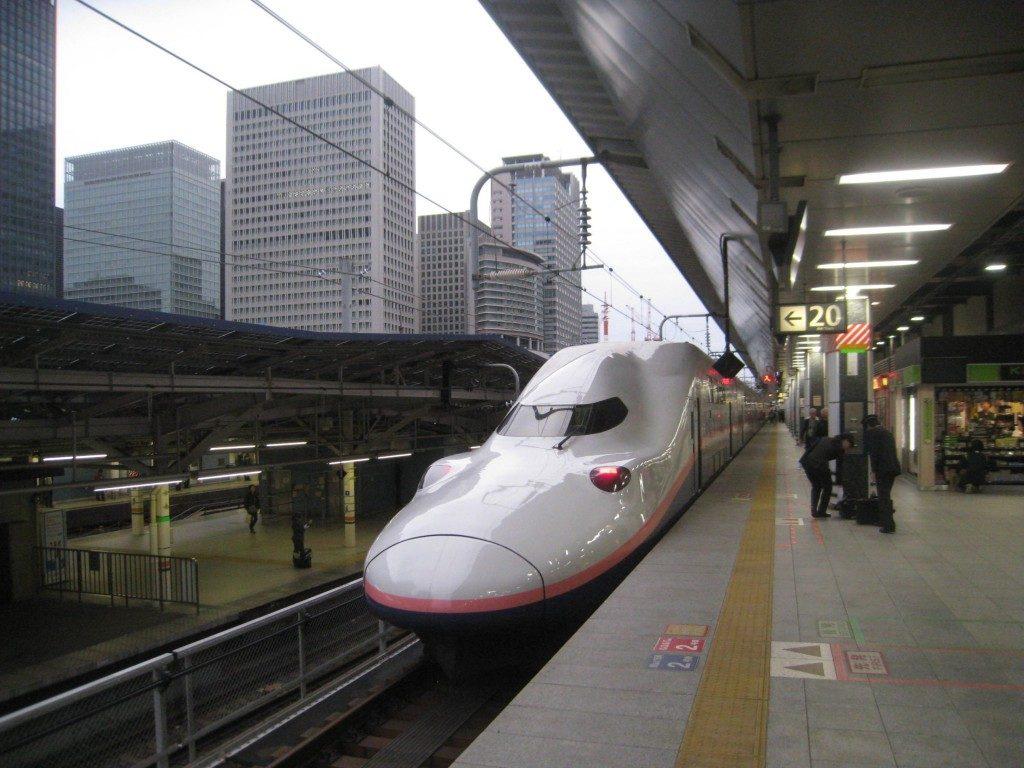 Der Shinkansen nach Yamakoshi, Niigata, Japan