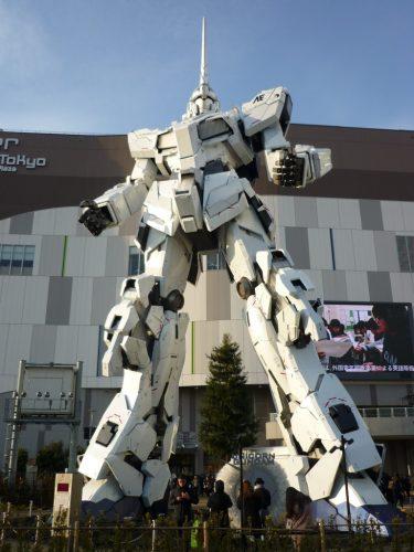 Kein Godzilla, aber Gundam und Odaiba