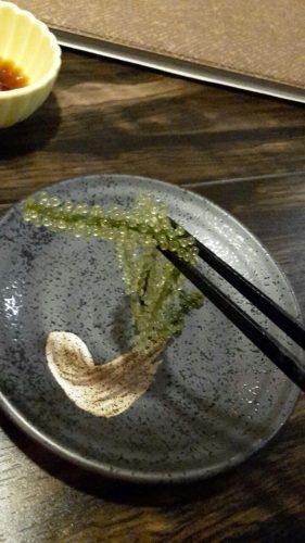 Umibudo, eine Spezialität Okinawas.