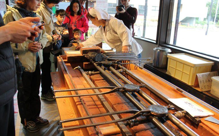 Traditionelles Handwerk in Morioka Handi-Works Square, Stadt Morioka, Präfektur Iwate, Japan.