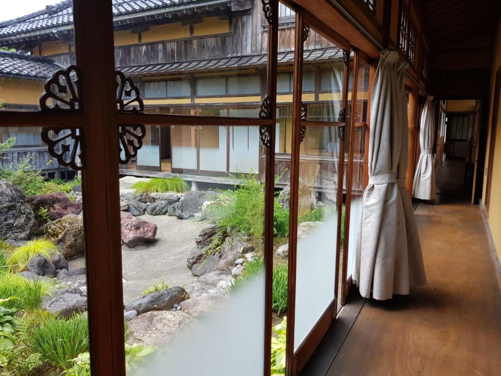 Die Asahi-Shuzo Sake BrauereiAsahi-Shuzo Sake Brauerei.