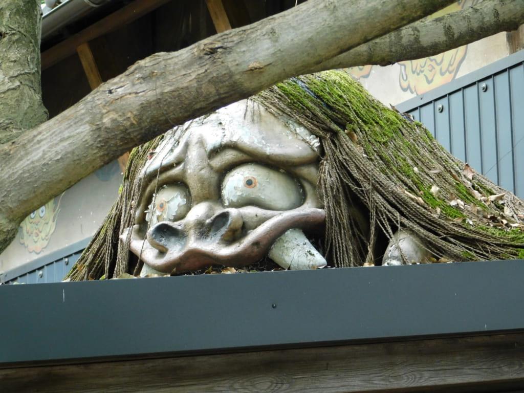 Die Yokai verstecken sich überall.