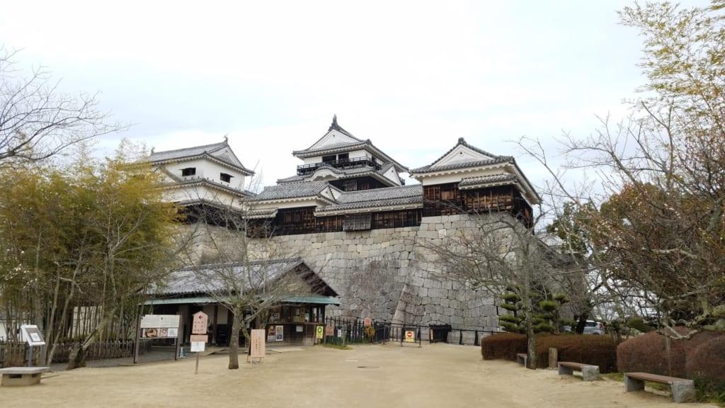 Die Burg Matsuyama.