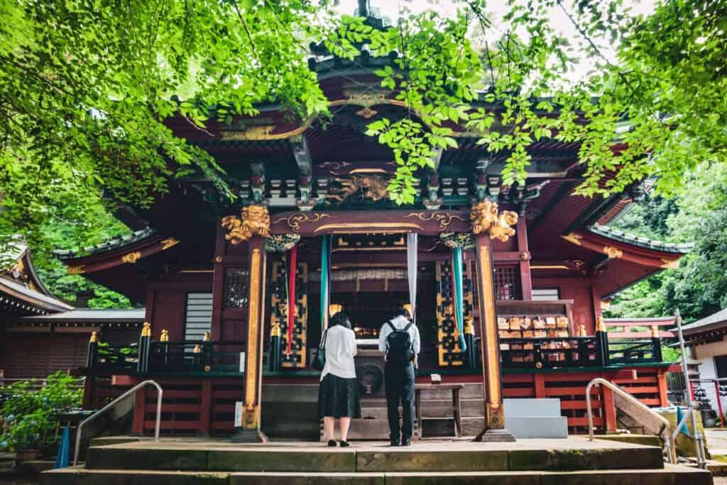 Der Oji Inari Schrein in Tokio, Japan.