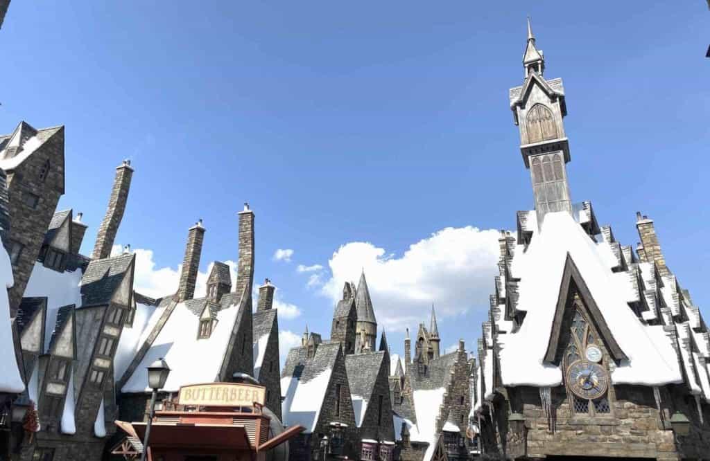 Die Hogwarts Schule in den USJ in Osaka, Japan.
