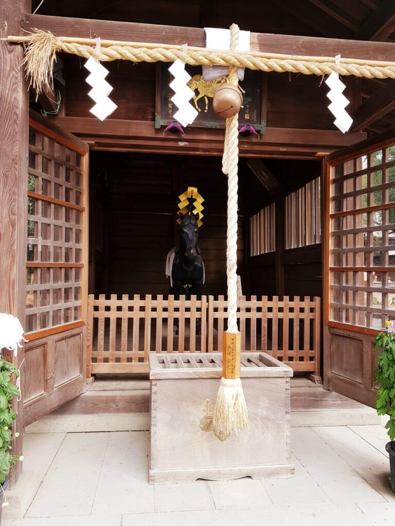 Pferdestatue am Mishima Taisha Schrein in der Präfektur Shizuoka.