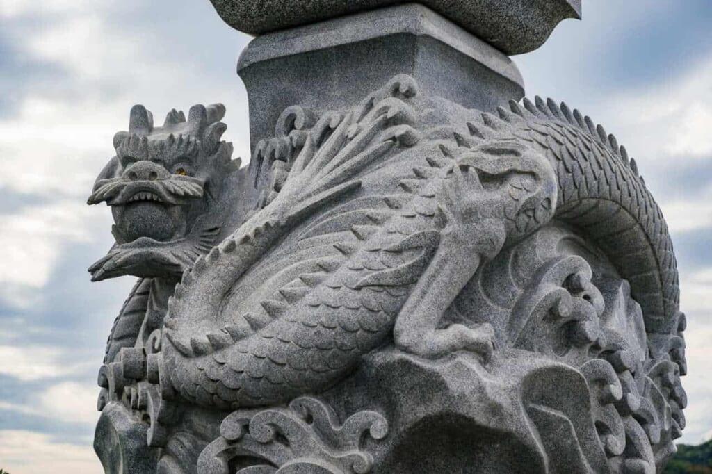 Der Drache Gozuryu, Beschützer der Insel Enoshima, Japan.