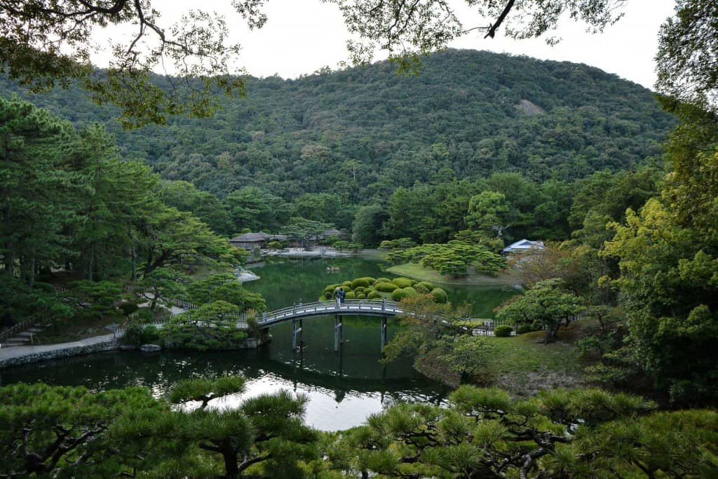 Japanische Gärten: der Ritsurin Park.