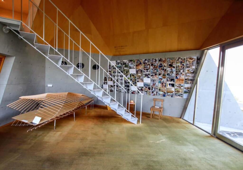 Im Inneren vom Toyo Ito Museum.