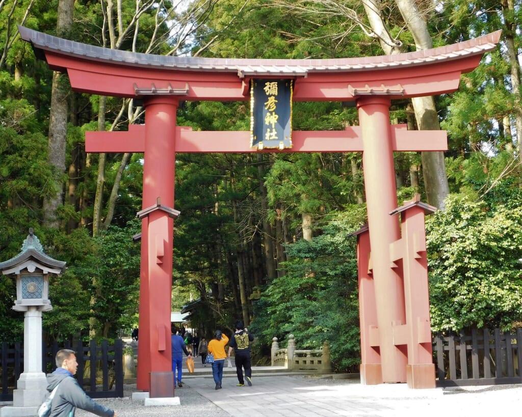 Das Torii-Tor zum Yahiko-Schrein.