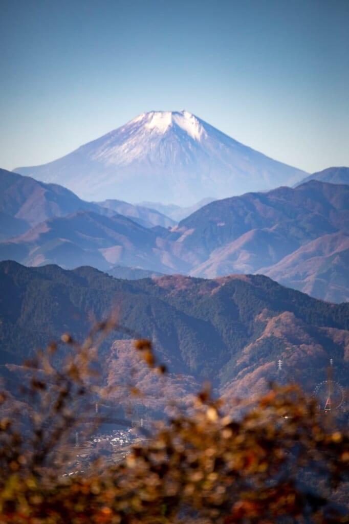 Aussicht auf den Berg Fuji vom Berg Takao aus.