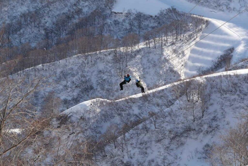 Wintersport in Niigata, machbar mit dem Hokuriku Arch Pass.