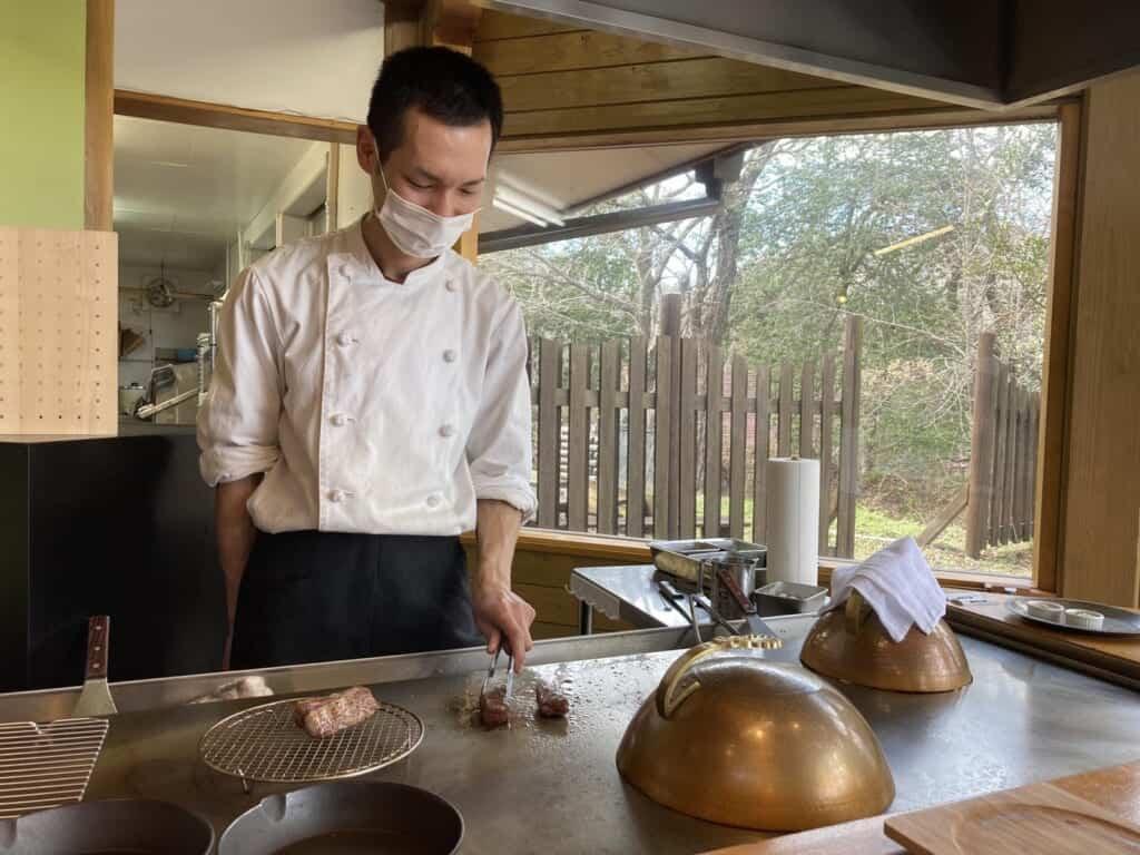 Kamuri, ein Teppanyaki-Grillrestaurant in der Präfektur Shimane.