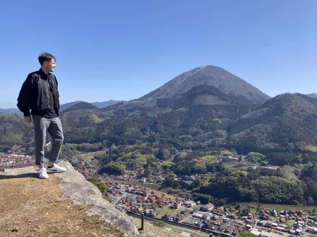 Blick auf die Tsuwano-Burgruinen.