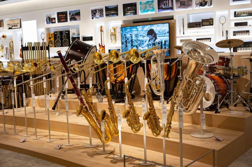 Ausstellungsstücke im Yamaha Museum in Hamamatsu.