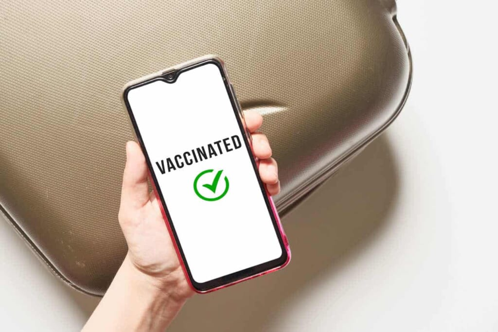 Impfungen in Japan: In Japan wird ein COVID-Impfausweis eingeführt.