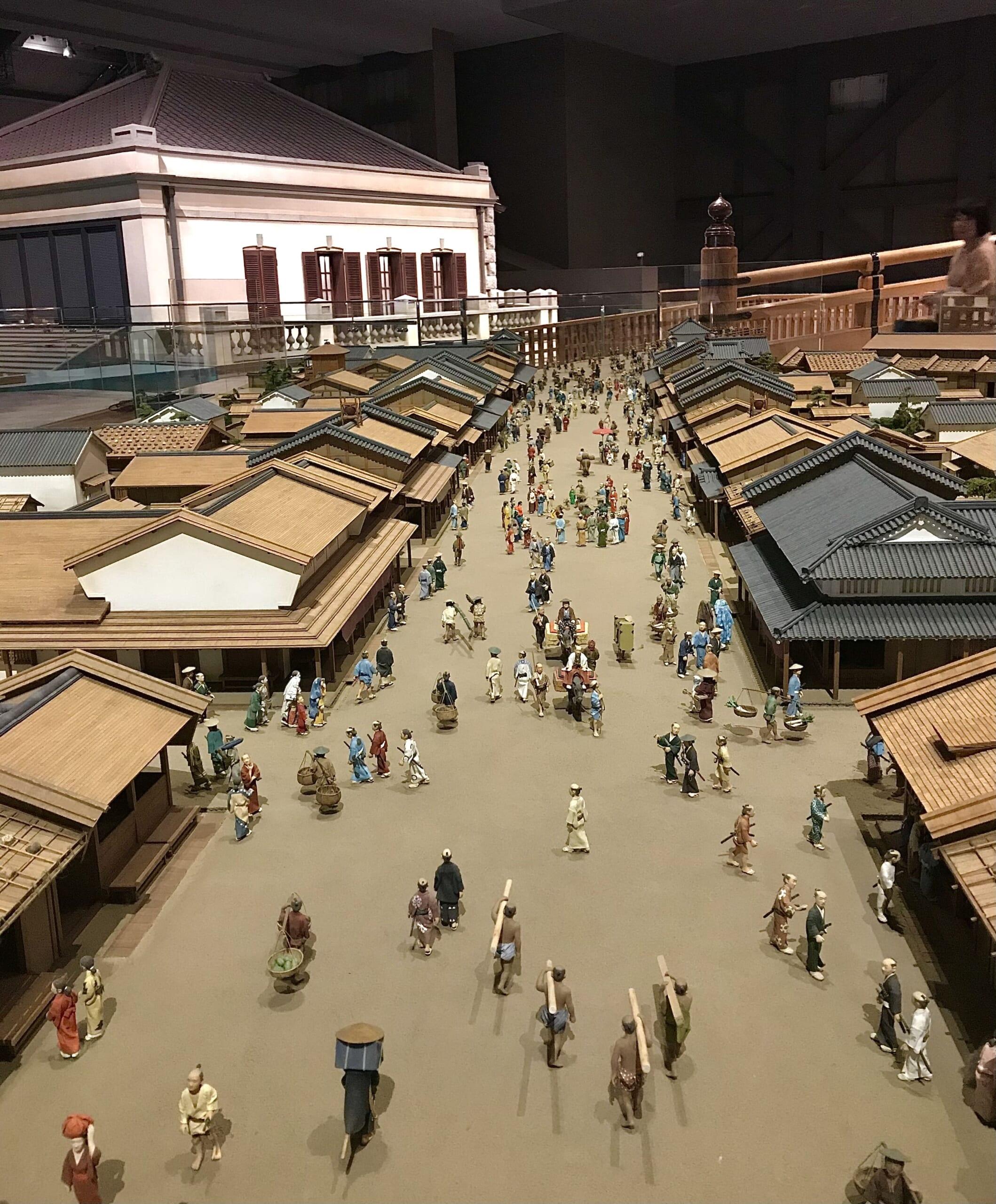 Museo Edo-Tokyo: Un Tuffo nel Passato della Storia Giapponese