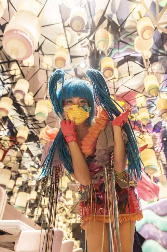 La Monster Girl Candy nella Milk Stand