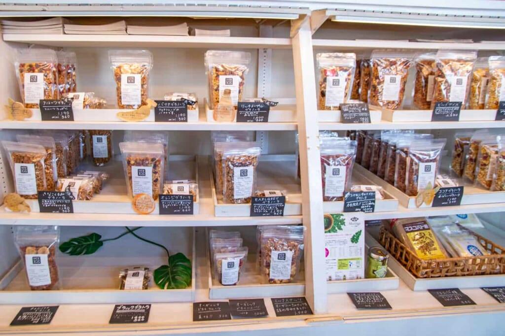 Granola in vendita nello shop di La Granda Familio