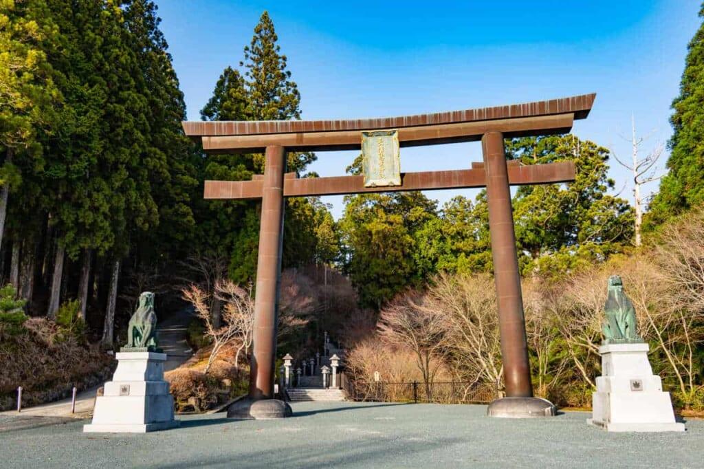 Portale del santuario Akiha Jinja