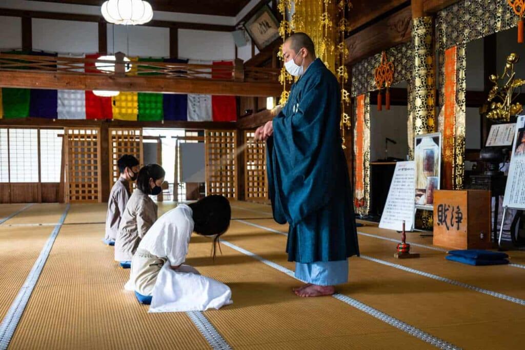 Meditazione zen al tempio Hoko-ji