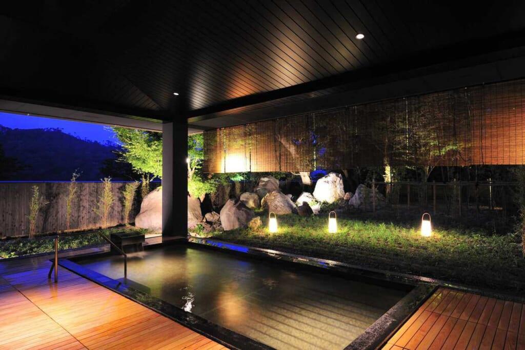 Onsen all'aperto all'hotel KAI Enshu di Hamamatsu
