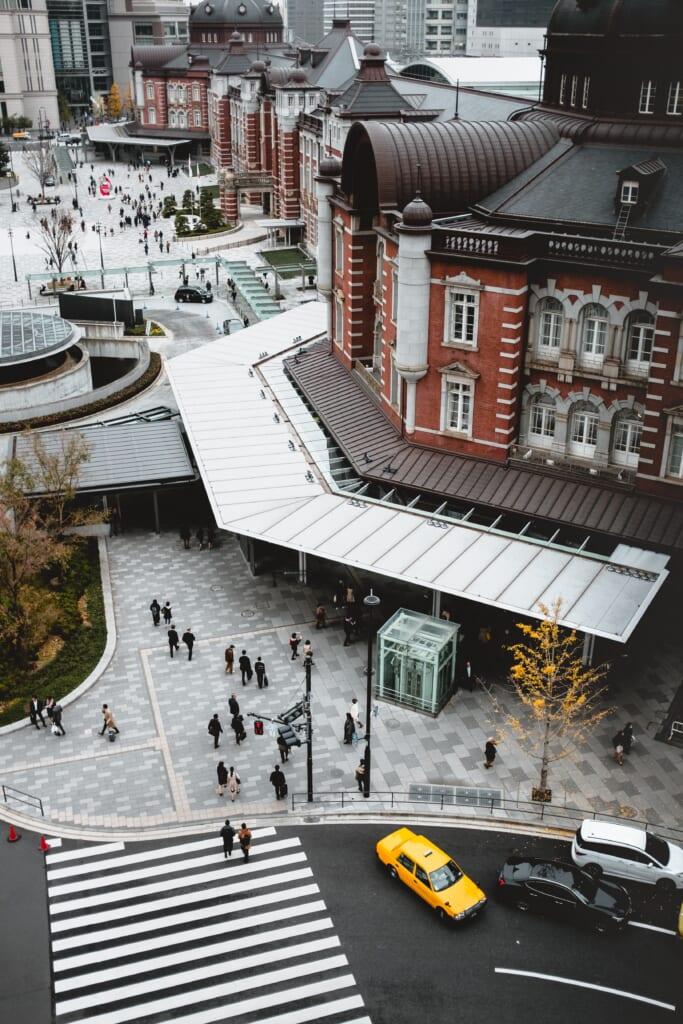 Vista dall'alto sulla stazione di Tokyo
